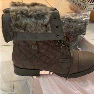 Just Fab brown gorgeous boots